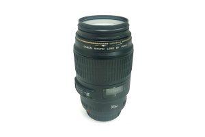 עדשה Canon 100mm f2.8 macro