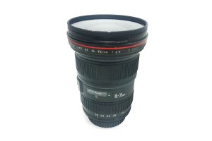 עדשה Canon 16-35mm f2.8