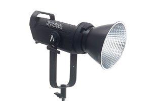 Aputure LS 300x פנס עצמתי עם תאורה רציפה בעל חיבור Bowens עם מגוון מרככי אור: דיש, סופטבוקס, אוקטוגיין 90, Lantern 90, תוספת עדשה לפנס APUTURE FRESNEL 2X, אוהל ריכוך Aputure Light Dome II